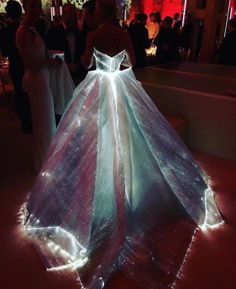 starry night dress code